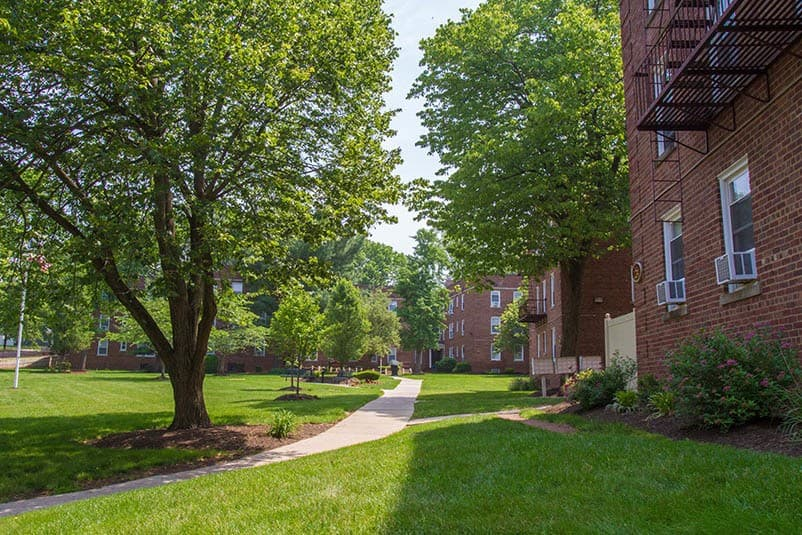 See all that our Highland Park community has to offer