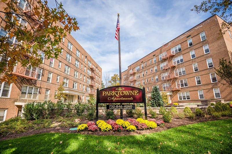 Amenities offered at Parktowne Apartments in Highland Park, NJ
