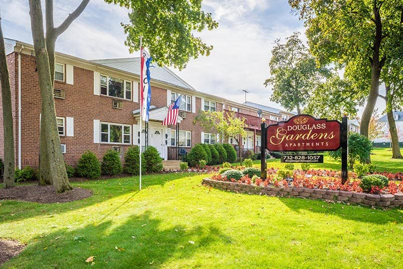 Amenities offered at Douglass Gardens Apartments in Somerset, NJ