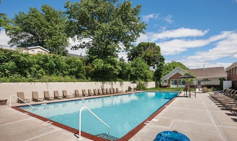 Pool at apartments in Wayne, NJ