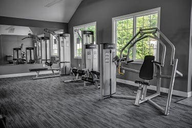Fitness center at apartments in Wayne, NJ