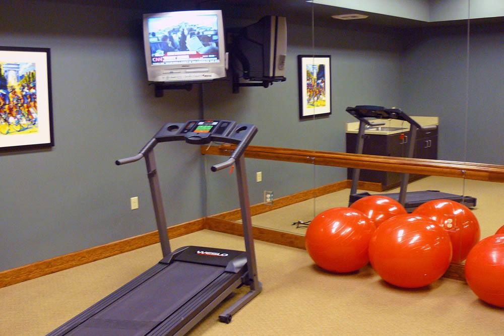 spacious fitness room at Moran Vista
