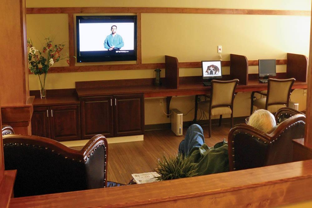Computer room inside Moran Vista