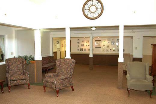 custom furnished large lobby in OR at SouthTowne Memory Care