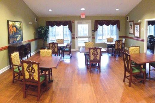 Bridgecreek Memory Care spacious formal dinning hall in OR