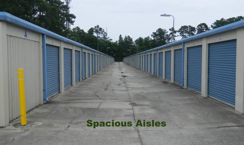 Spacious isles Global Self Storage in Summerville, SC
