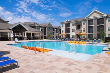 swimming pool at our luxury apartments in Fredericksburg
