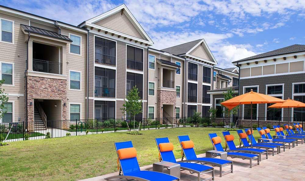 Pool At Apartments In Fredericksburg