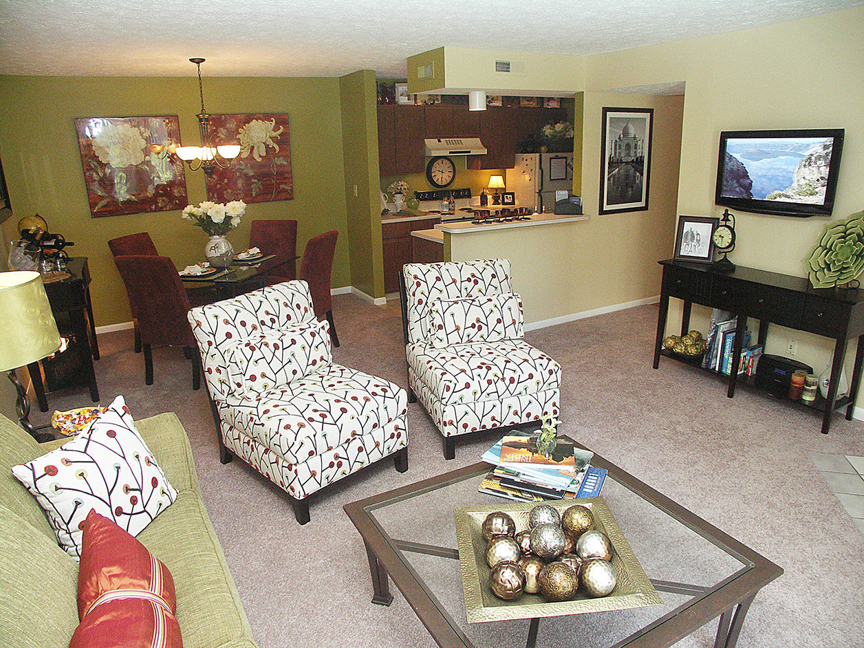 Living room at Fox Chase Apartments