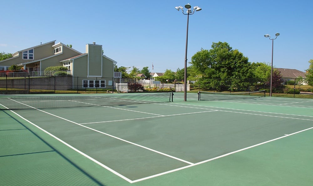Tennis courts at Island Club Apartments