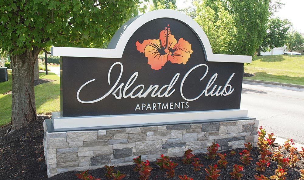 Welcome to Island Club Apartments