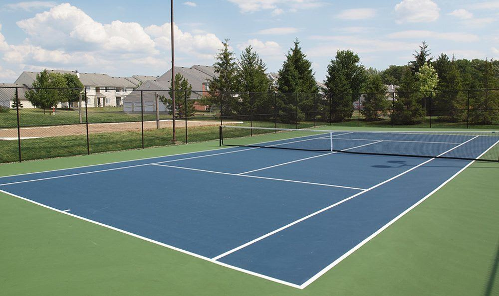 Tennis courts at Wellington Place Apartments