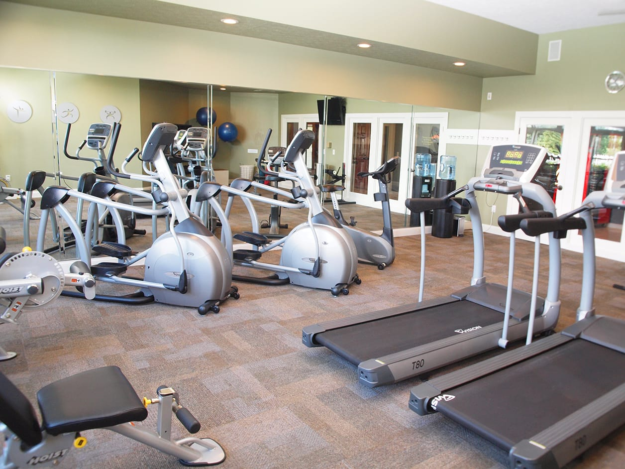 Fitness center at Wellington Place Apartments