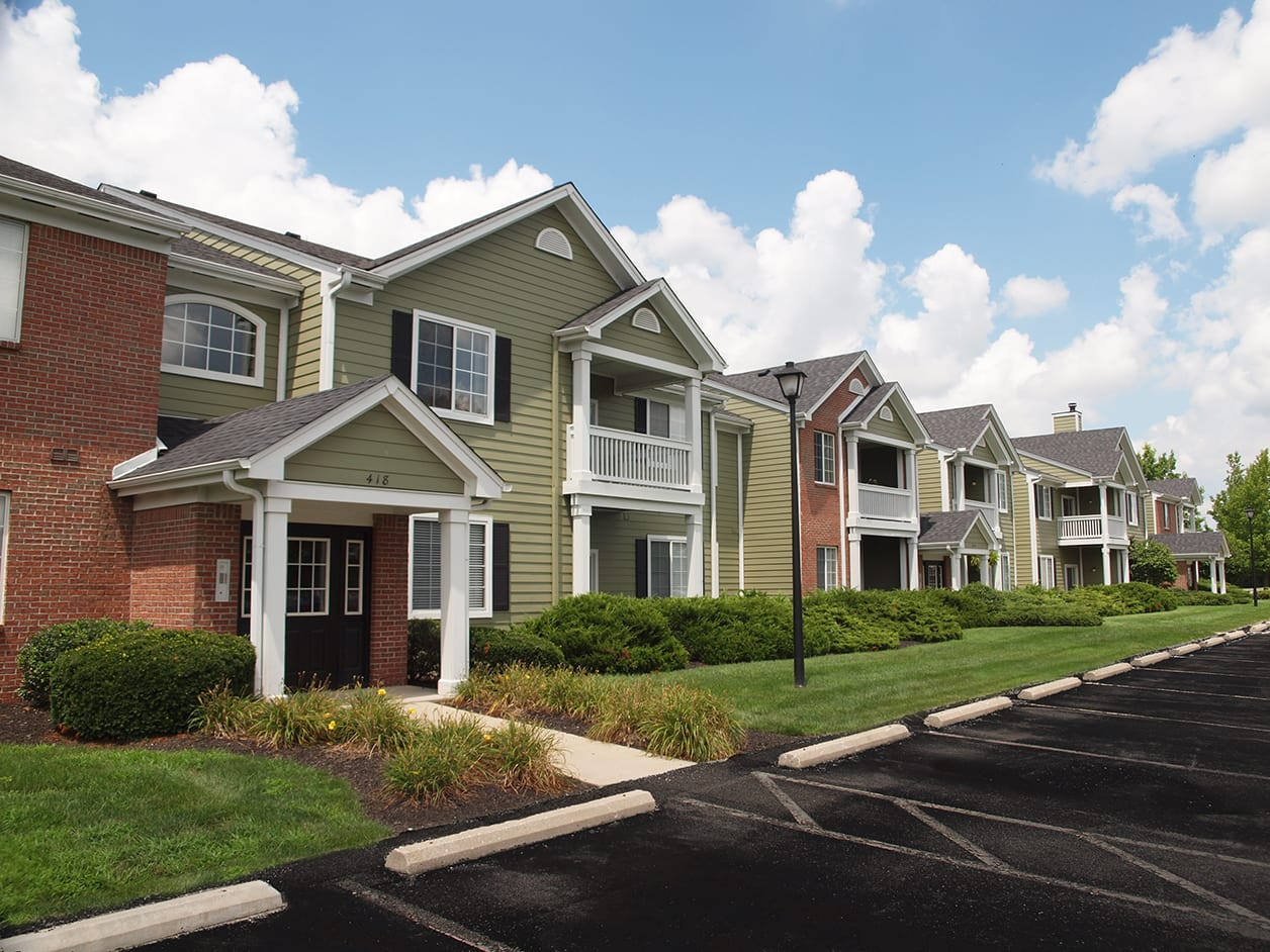 exterior view of buildings at Emerald Lakes in Greenwood, Indiana