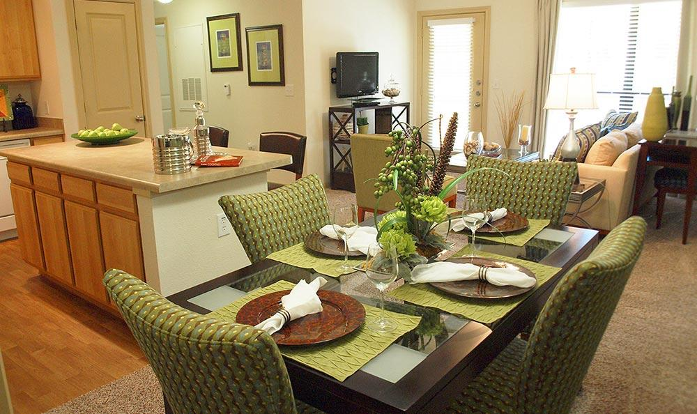Dining at Summerwind Apartments