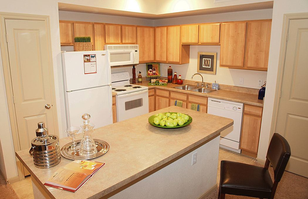 Summerwind Apartments offers spacious kitchens