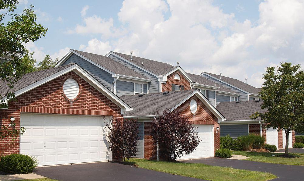 multiple garages at The Landings at Beckett Ridge in
