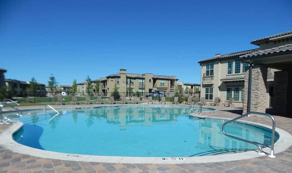 Apartments for rent with a pool in Albuquerque