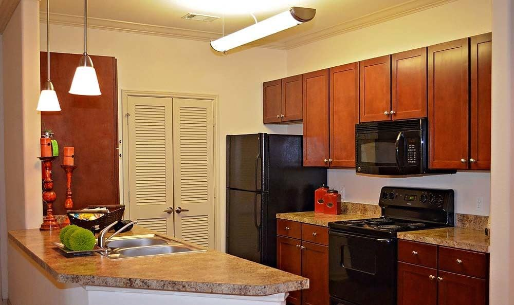 Beautiful new kitchen at Jamestown Place Apartment Homes in Bossier City, LA