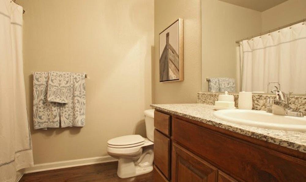 An example bathroom at Cameron Isles Apartments in Houma, LA