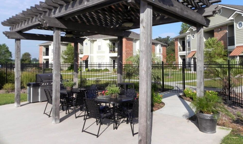 Outdoor patio at Reserve at Squirrel Run in New Iberia, LA