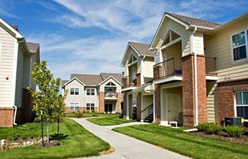 Image links to our Eastland Trails Apartment Community.