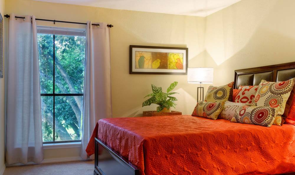 Updated spacious bedrooms in Houston