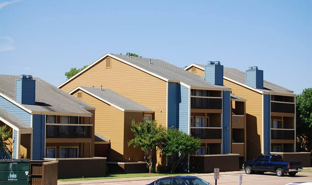 Apartment townhomes in Fort Worth