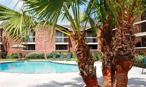 Many beautiful amenities including a pool