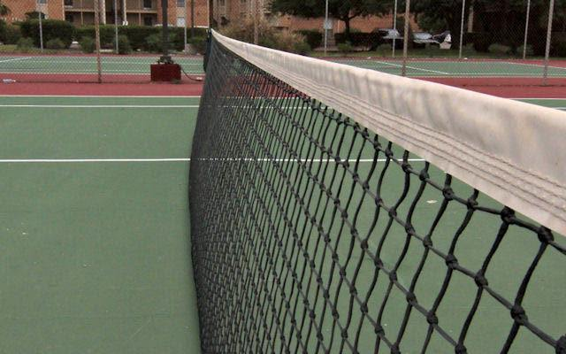 Tennis courts at The Summit Apartments