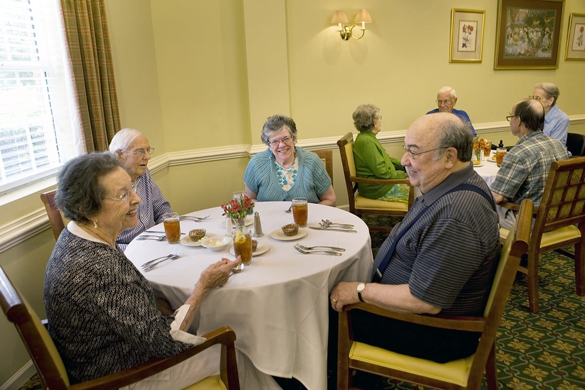 Dining At Senior Living In Raleigh North Carolina