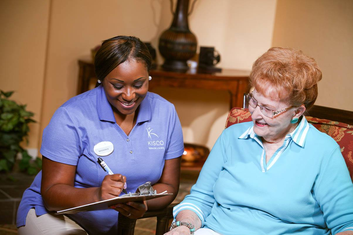 Helpful Staff At Senior Living In Raleigh North Carolina