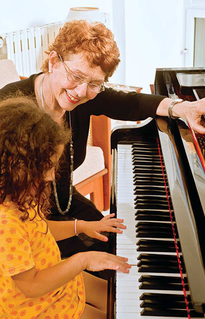 Raleigh senior living has a wonderful community experience come see for yourself.