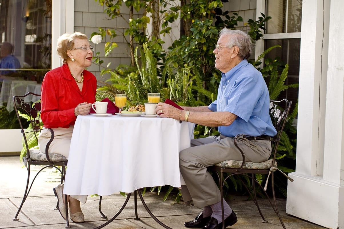 Breakfast on the patio at the senior living in Walnut Creek, California