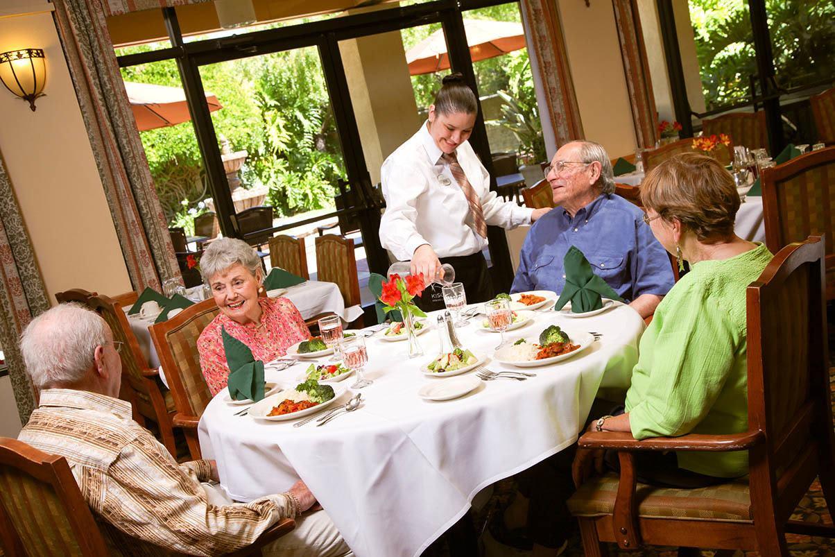 Ddining at the senior living in San Rafael, California