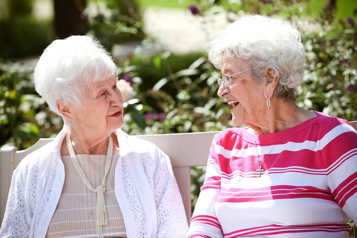 Senior friends in Virginia Beach, VA