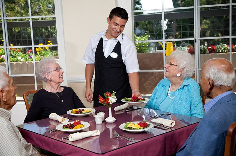 Enjoy the Orange senior living lifestyle at Park Plaza