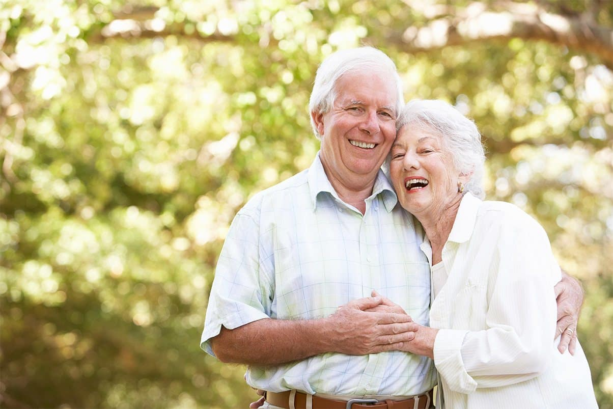 Smiling seniors at Cedarwood at Sandy