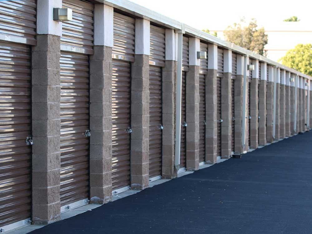 Drive up access at SoCal Self Storage in Westlake Village, CA
