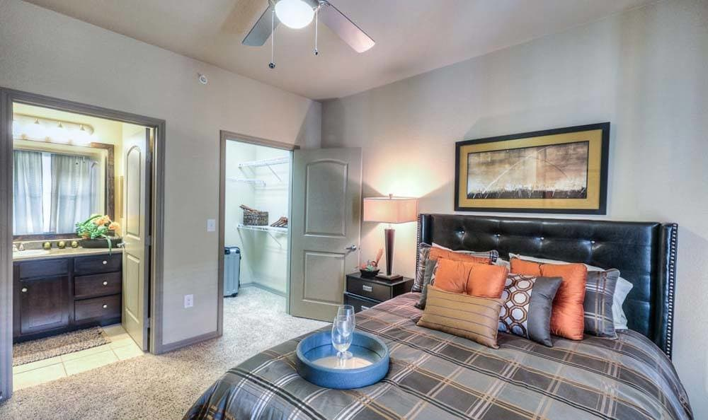 Apartment Floor Plan Photos at Discovery at Kingwood