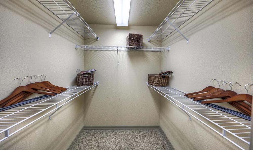 Walk-in Closet Photos at Discovery at Kingwood
