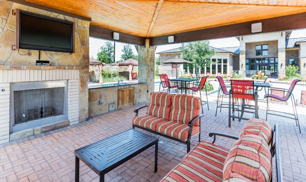 Covered Outdoor Space at Discovery at Rowlett Creek apartments