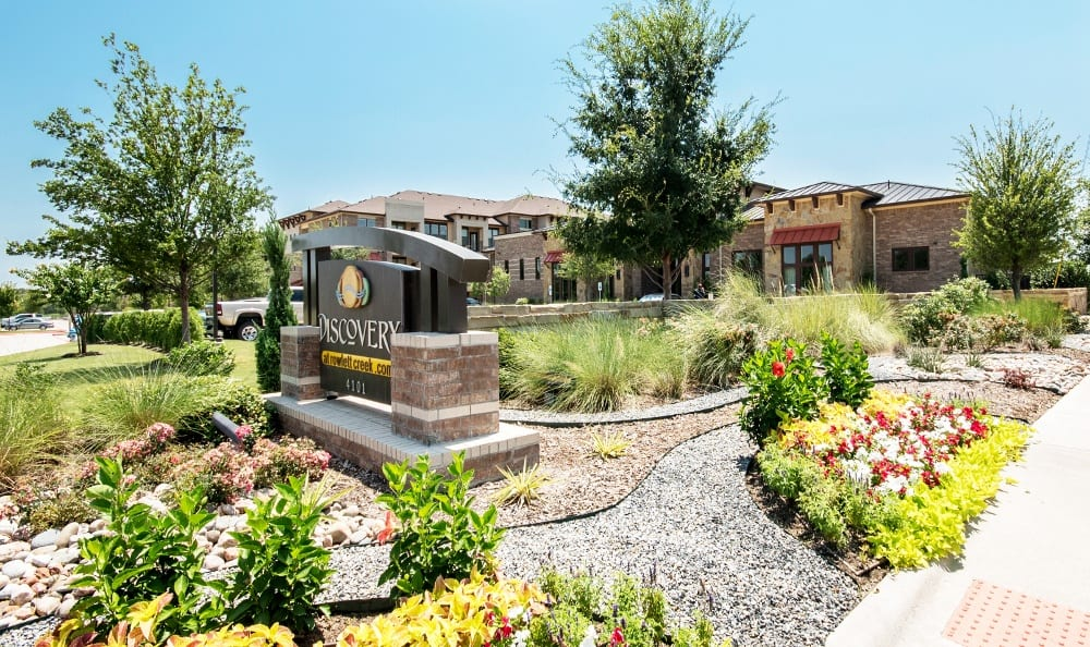 Apartment Exterior at Discovery at Rowlett Creek apartments