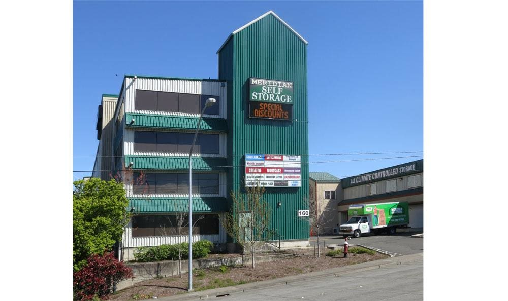 Easy access self storage on Meridian in Bellingham