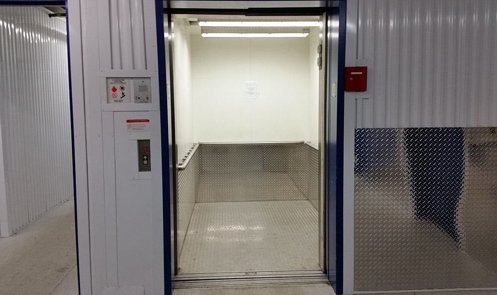 Elevator access at self storage in Federal Way