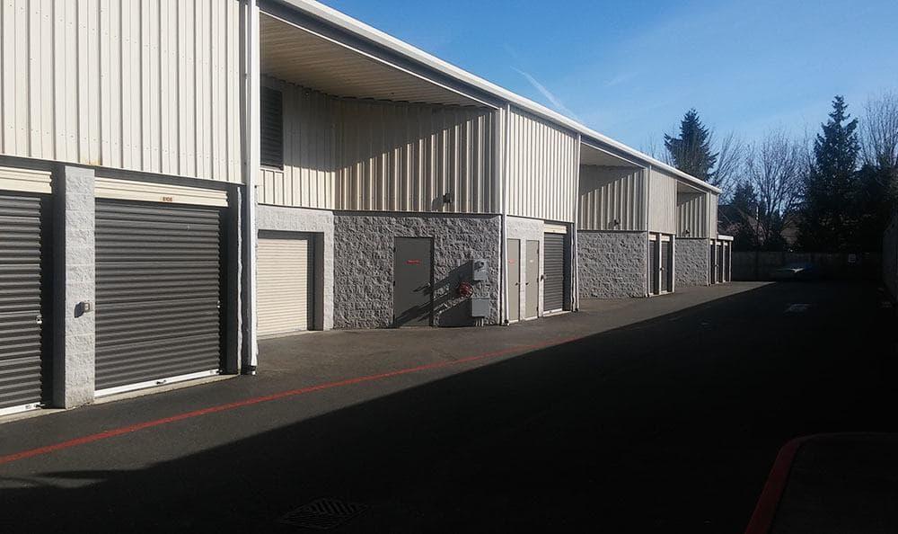 Outside self storage units in Mercer Island