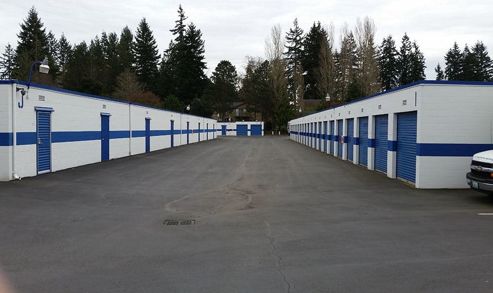 Outside storage units in Shoreline
