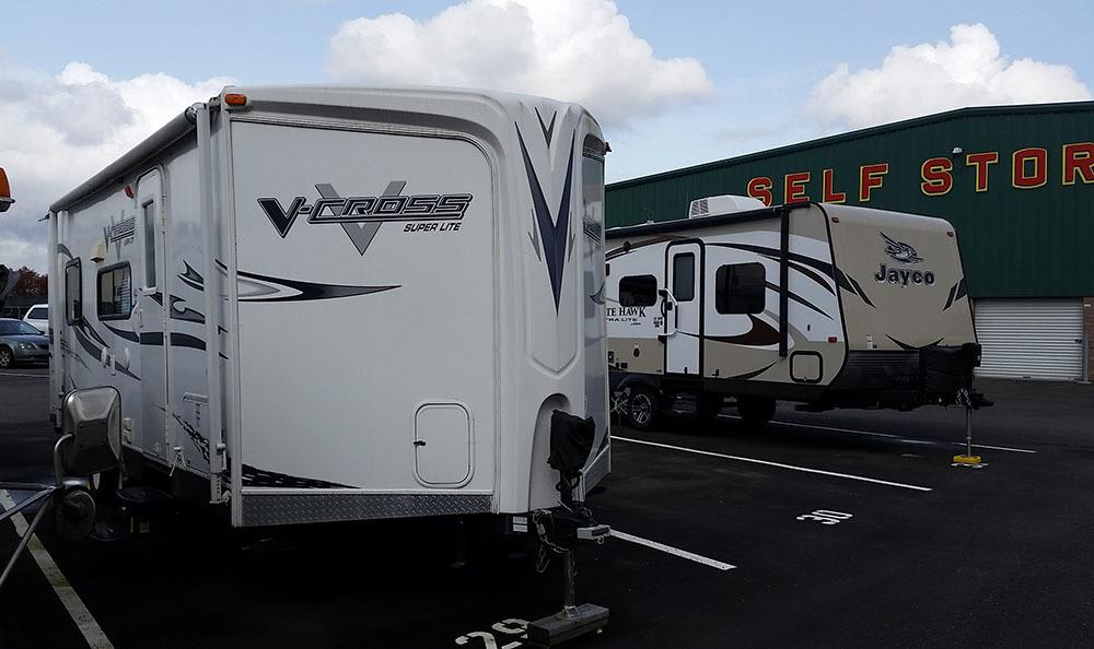 RV self storage in Parkland