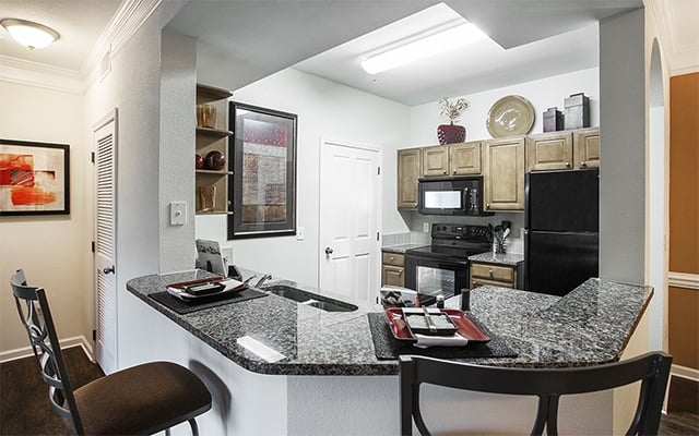 Open Kitchen In 2 Bedroom Apartments In Humble Texas