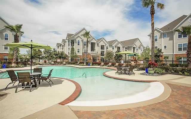 Swimming Pool At Apartments In Humble Texas